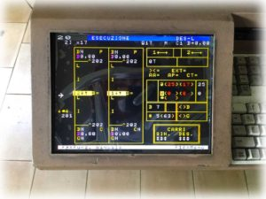 sostituzione monitor CRT con LCD x2VGA monitor